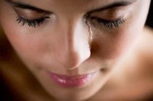 [Crying-Woman-300x199%255B2%255D.jpg]