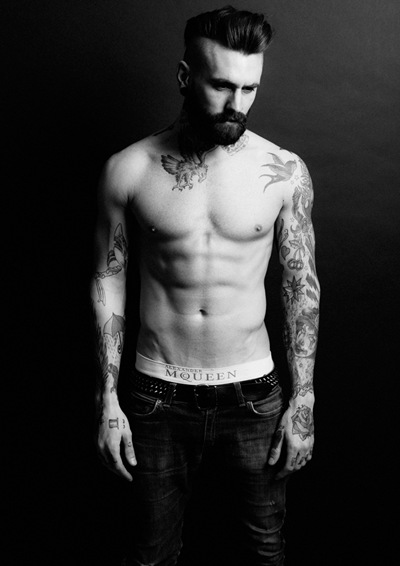 Ricki Hall @ Nevs by Darren Black, March 2012.