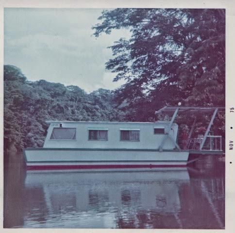 House Boat009