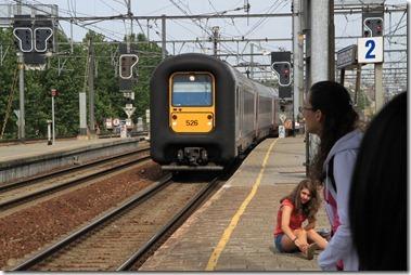 Antwerpen-Berchem駅でオステンド(Oostende)行き電車に乗り換え、ブルージュ(Brugge)へ!
