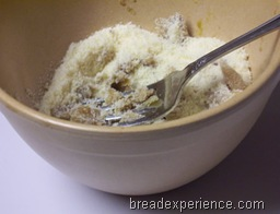 roasted-garlic-parmesan-pot-bread 006