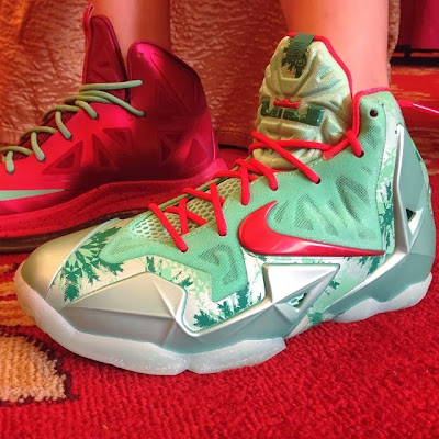 nike lebron 10 gs christmas 2 02 Heres How Chrismas Nike LeBron 11 Compares to Xmas 10s