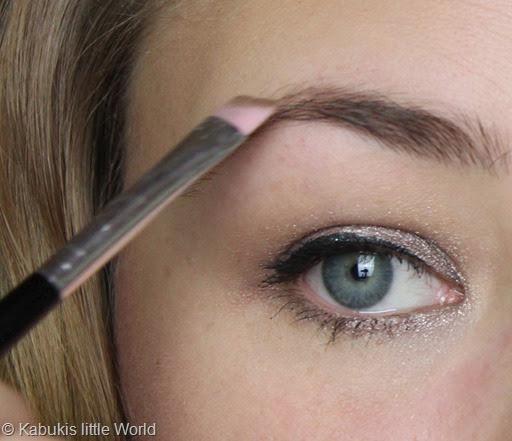 Augenbrauen 9 Nachziehen