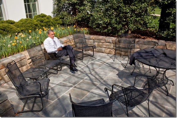 Bo empty chairs seeking his own counsel