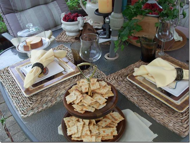 Italian table 024