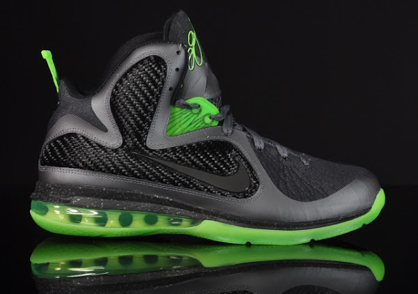 Two Versions of LeBron 9 8220Dunkman8221 Available for Purchase