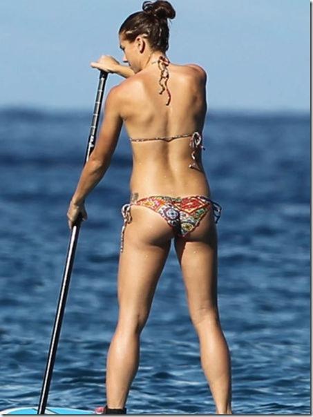 celebrity-beach-bum-6