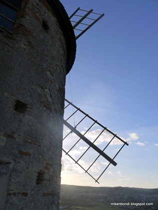 The windmill at Saint-Sulpice-sur-Lèze (3)