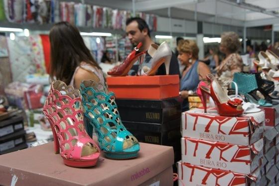 Feira Moda em Oferta 2012 na Fiergs em Porto Alegre. Descontos de até 70% off.