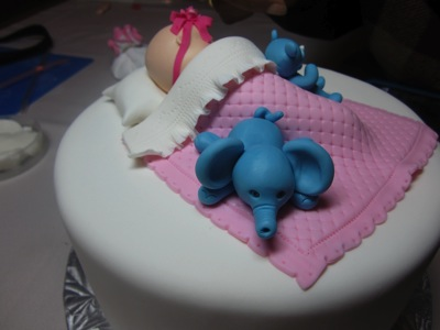 Cake decorating 7