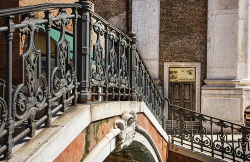 Ponte San Barnaba