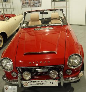 Datsun Fairlady SR 311