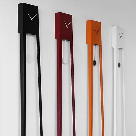 reloj minimalista de pendulo
