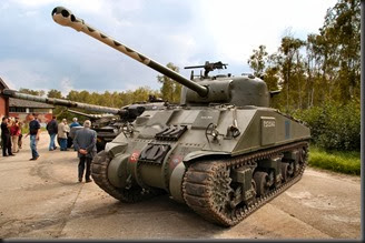 m4a4_sherman_vc_17pdr_02_of_14