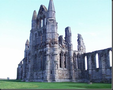 Whitby_Abbey_ruins.tww