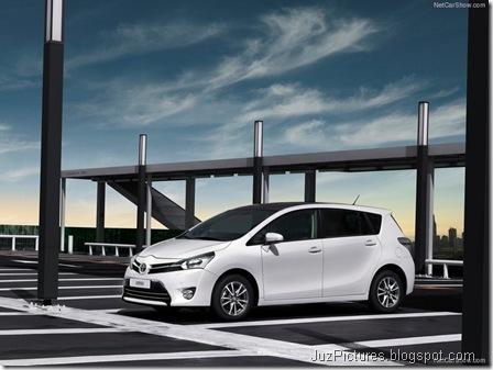 Toyota-Verso_2013_800x600_wallpaper_03