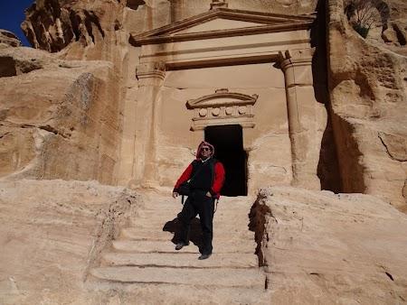 06. Morminte Little Petra.JPG