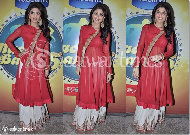 Shilpa_Shetty_Red_Full_Sleeves_Kameez