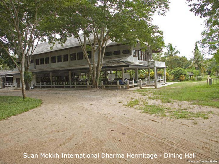 du-lich-thai-lan-tu-vien-Suan-Mokkh (1)