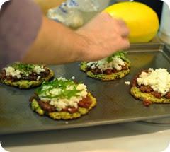 making zucchini pizza