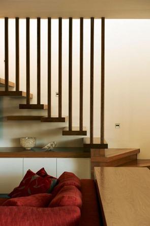 Diseño-de-escaleras-peldaños-voladizos
