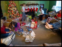 06 - Christmas Blurrr