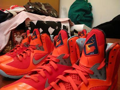 nike lebron 9 gr galaxy allstar 5 04 Your Nike LeBron 9 Galaxy Will Glow in the Dark!
