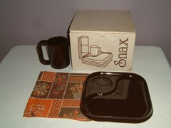 Ingrid Snax mugs and trays