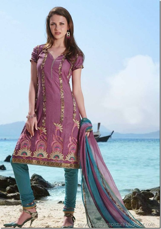 Latest_Churidar_Collections_10