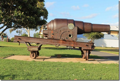 80 pdr RML Guns at Williamstown