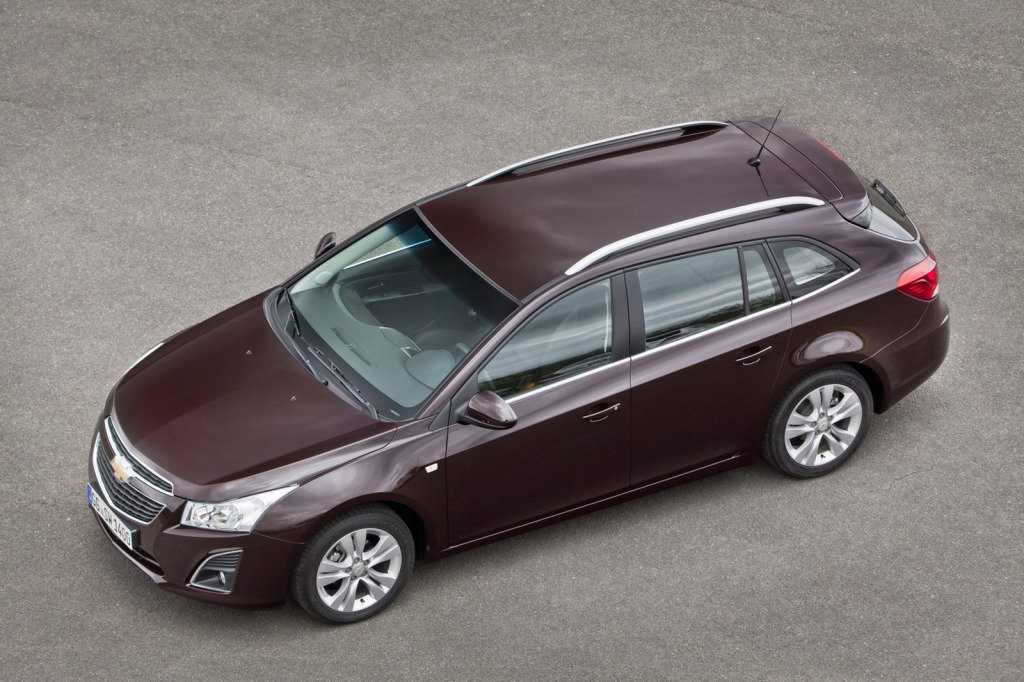 2013-Chevrolet-Cruze-Facelift-25.jpg?imgmax=1800