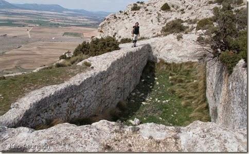 Castellar de Meca - Gran aljibe del sector oeste del poblado ibérico