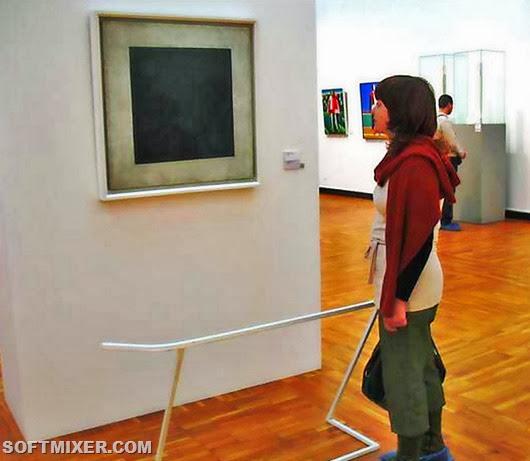 000_В галерее