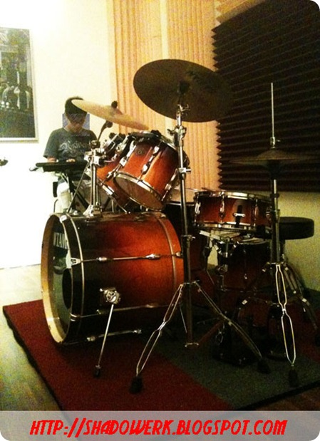 la2012-drums-t