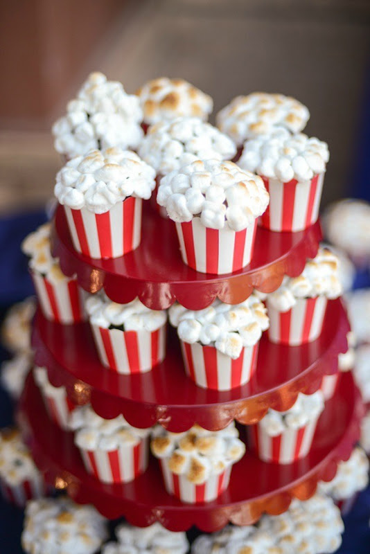 How to Make Popcorn {looking} Cupcakes by Tikkido!