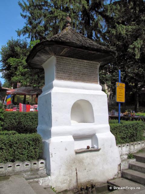 Fântâna lui Manole - Curtea de Argeș