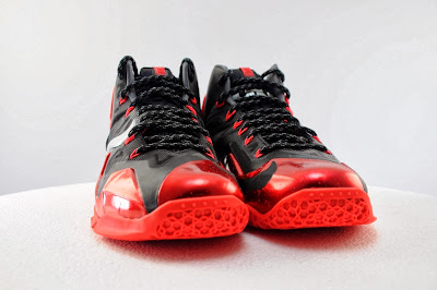 nike lebron 11 gr black red 5 11 Detailed Look at Nike LeBron XI Miami Heat Away