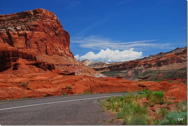 05-26-14 A West Side of Capital Reef NP (5)