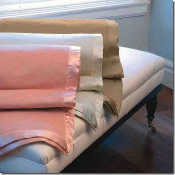 Manito Silk blanket