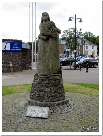 Kirkcudbright memorial to lost sailors and fisherman.