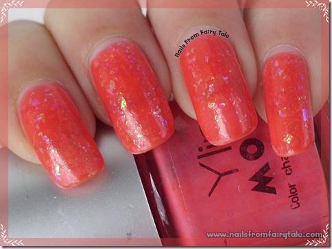 ylin mood nail polish - pink red with flakies