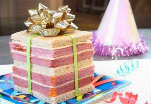 Подарок на день рождения упаковщице подарков