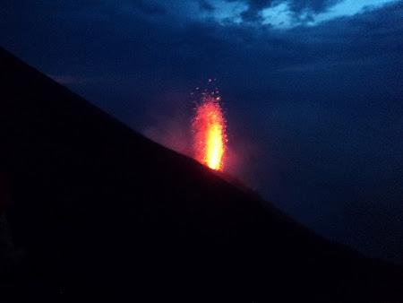 Stromboli - Eruptie din nou