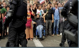 brutalidad-barcelona-policias-6-580x320