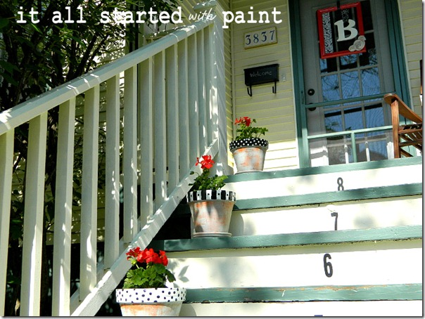 polka_dot_painted_planters_on_porch