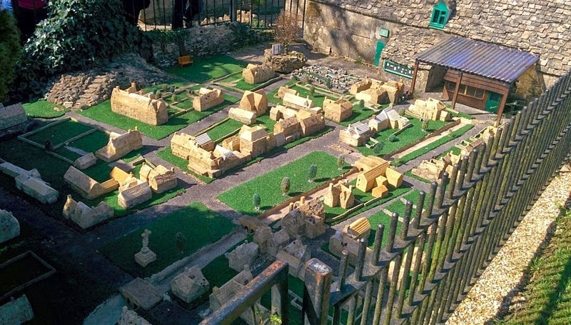 bourton-model-village-2