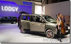 Dacia Lodgy Autosalon Geneve 2012 07