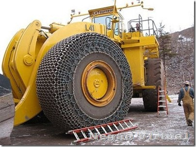 biggest_construction_vehicles_9