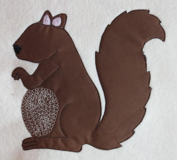 Squirrel-Embroidery-Applique-Hello-Kirsti-020