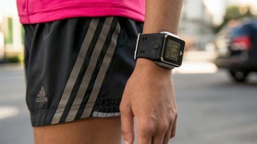 Adidas reloj inteligente
